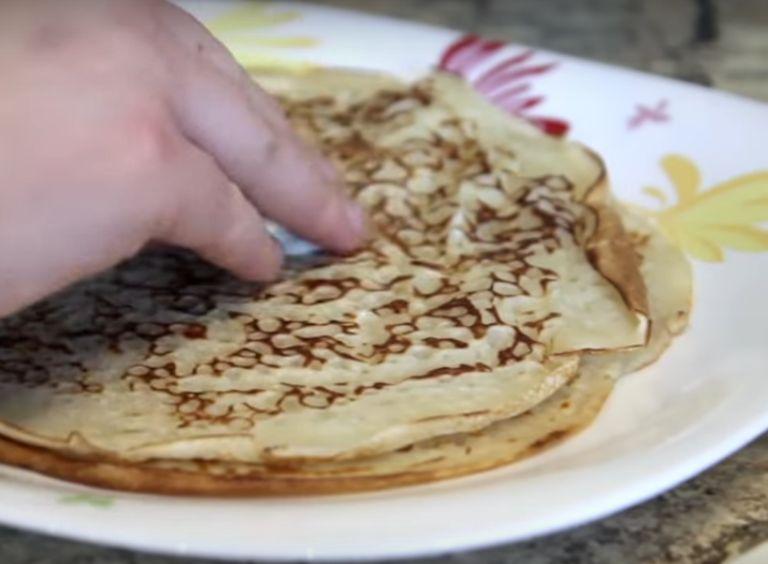 Блины без яиц на молоке - 10 рецептов тонких блинчиков с дырочками