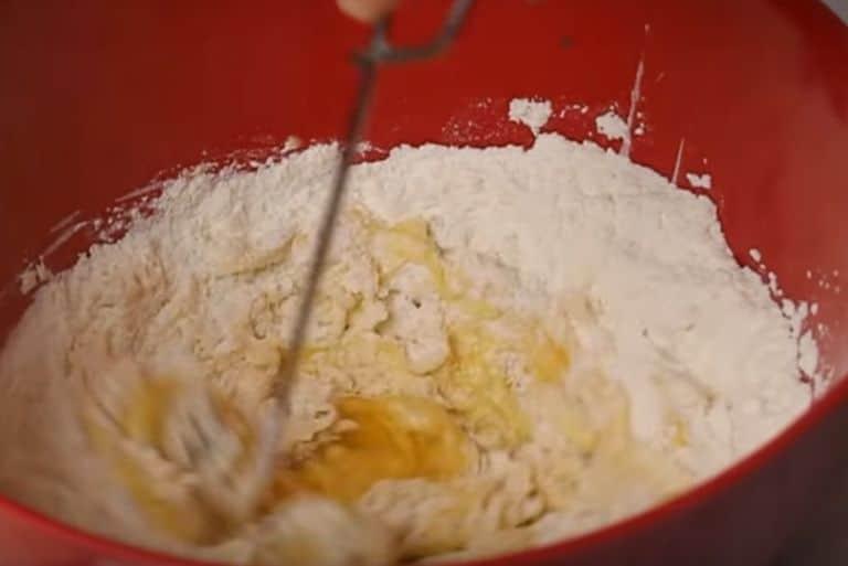 Тонкие блины на кефире с кипятком – рецепты заварных блинчиков с дырочками