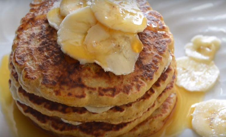 Банановые оладьи: 9 быстрых рецептов приготовления вкусных оладушек из бананов