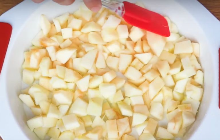 Заливной пирог с яблоками: 11 быстрых рецептов вкусного яблочного пирога