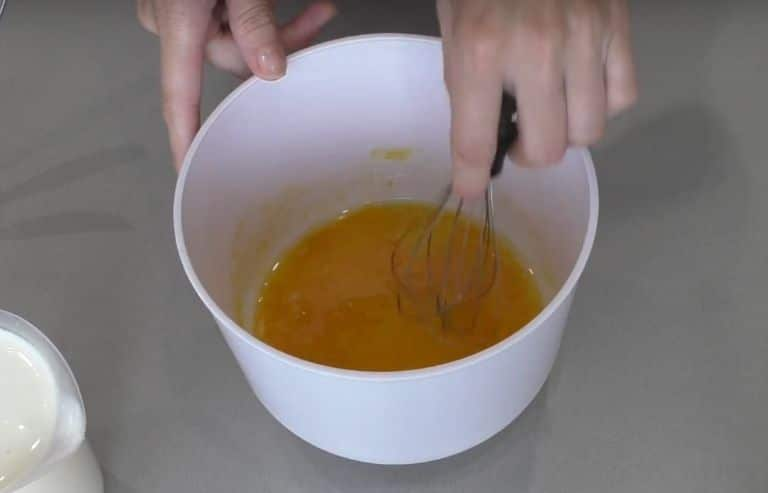 Заливной пирог с луком и яйцом – быстрые рецепты вкусных пирогов