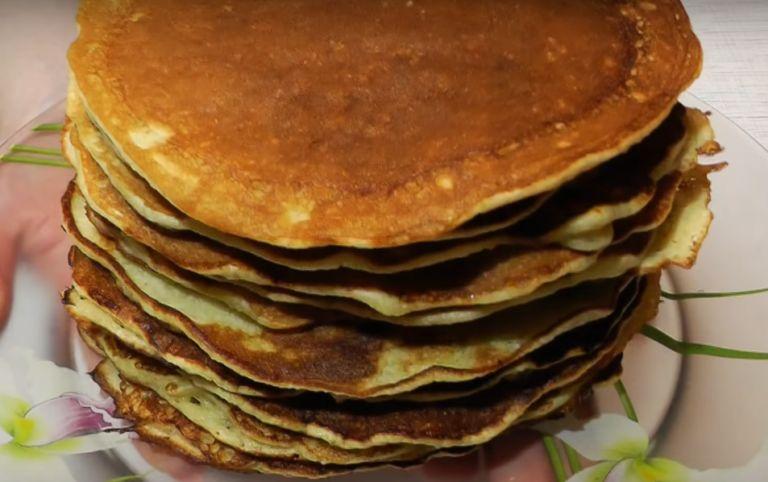 Толстые блины на кефире – 6 рецептов пышных блинчиков с дырочками