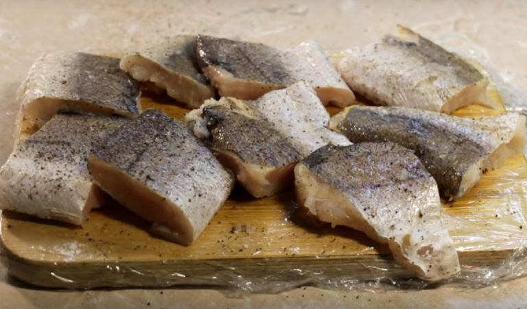 Рыба в яйце и муке – 4 простых рецепта жареной рыбы