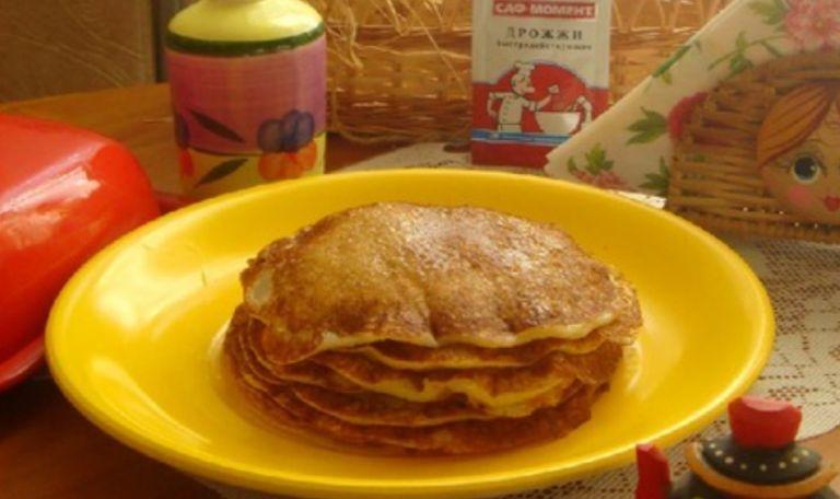 Блины на кефире с дрожжами – 4 рецепта вкусных дрожжевых блинов