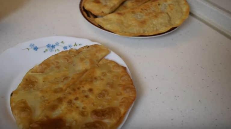 Как жарить чебуреки на сковороде? 5 рецептов приготовления в домашних условиях