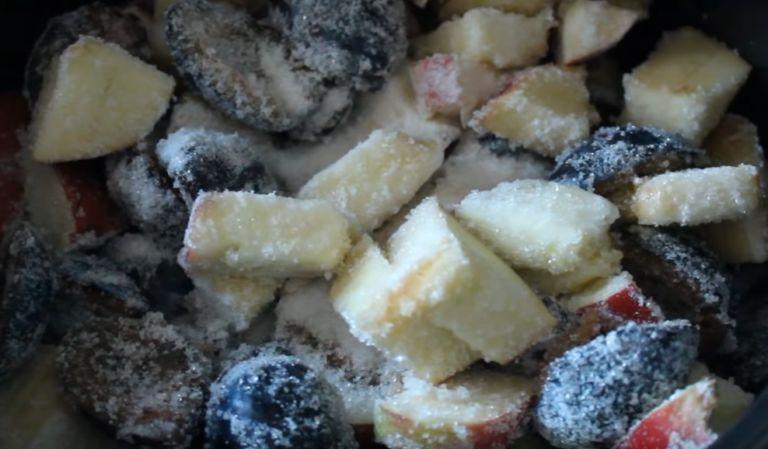 Варенье из яблок в мультиварке на зиму: 7 простых рецептов яблочного варенья