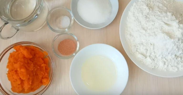 Постные оладьи на дрожжах: 4 рецепта пышных дрожжевых оладий