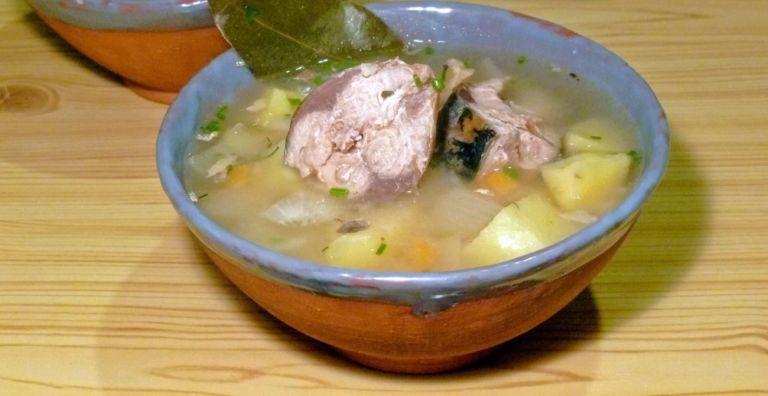 Как сварить суп из скумбрии свежемороженой - простые и вкусные рецепты