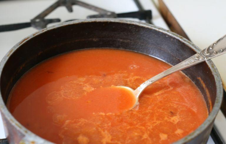 Подлива с томатной пастой - рецепты приготовления, как в столовой